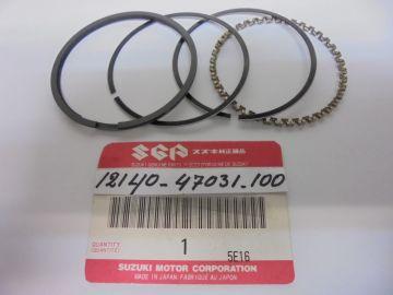 12140-47031-100 new ringset 2e oversize Suz.GS550 >>New