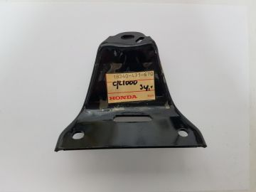 18340-431-670 Bracket, right muffler GL1000
