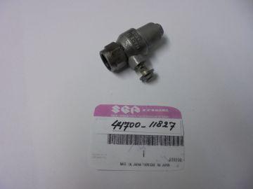 44700-11827 Outlet assy oiltank Suzuki T500/GT500