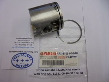 4A1-11631-00-10 Piston Yam.TZ250F'78 racing used but perf.