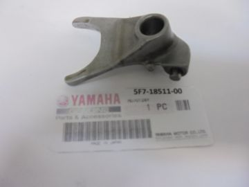 5F7-18511-00 Fork,shift 1 Yamaha TZ250 1981