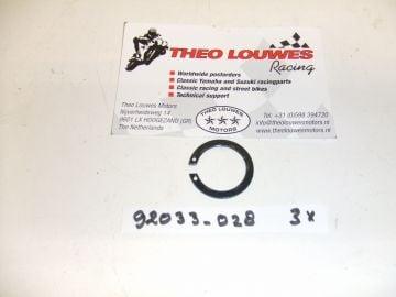 92033-028 circlip 18mm KX80
