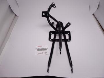 94510-42000 / 94510-42002 Bracket fairing front RG500 Mk.1 – MK.6