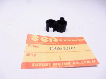 44486-32101 Clamp fuel tank hose Suzuki DR / RM / TS