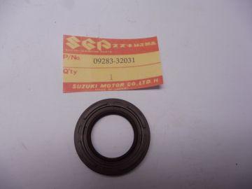 09283-32031 Oil seal crankshaft RG500 street bike