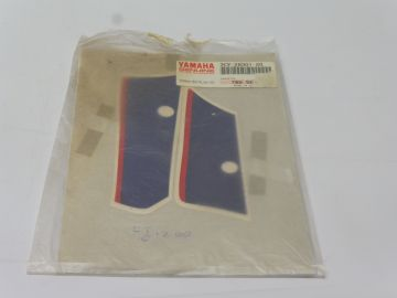3CV-28301-20 Graphic set lower cover FJ1200