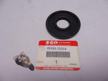 Oil seal L.H. Crankshaft GT500 / T500