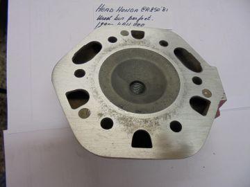 12200-KA4-000 Head cil.Honda CR250RB '81 motocross >used but perfect