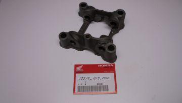 12215-415-000 Holder valve rocker CX500