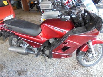 Kawasaki GTR1000 in running condition tour bike