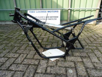 26J-21110-00 Chassis Yamaha TZ250 '81 up racing >>as new