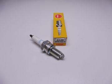 DPR7EA-9 (NGK) spark plug (bougie)