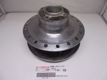 296-25311-00 Hub,rearwheel RD50 possible DT50