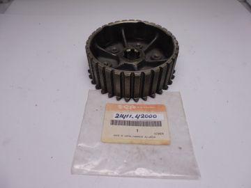 21411-42000 Hub clutch sleeve RG500-1 till 6 used