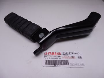 3MX-27430-00 Footrest assy rear CW50 scooter 1990 till 2002