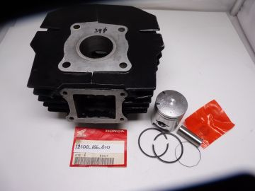 12100-166-610 Cilinder ass'y with piston std 39mm Honda MT5/MB5 >as new