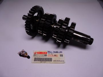 360-17420-00 Shaft driven assy RD250-350 complete with all gears.
