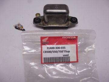31400-300-035 Regulator assy CB500 / CB550 / CB750 Used but good