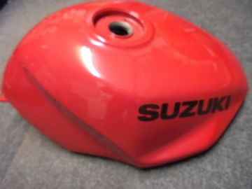 44100-21E01-3AX Fueltank Suz.RF600 '93 up >>new or as new