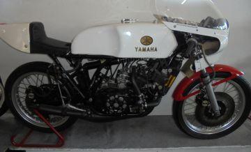 Yamaha TZ250D road racing bike