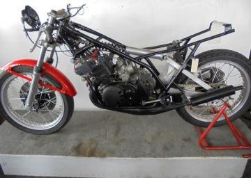 Yamaha TZ350F/G original 2-stroke racing bike